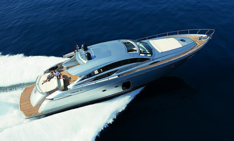 Huur boot PERSHING 72