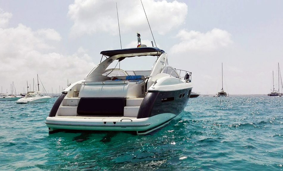 Alquilar Barco ABSOLUTE 45