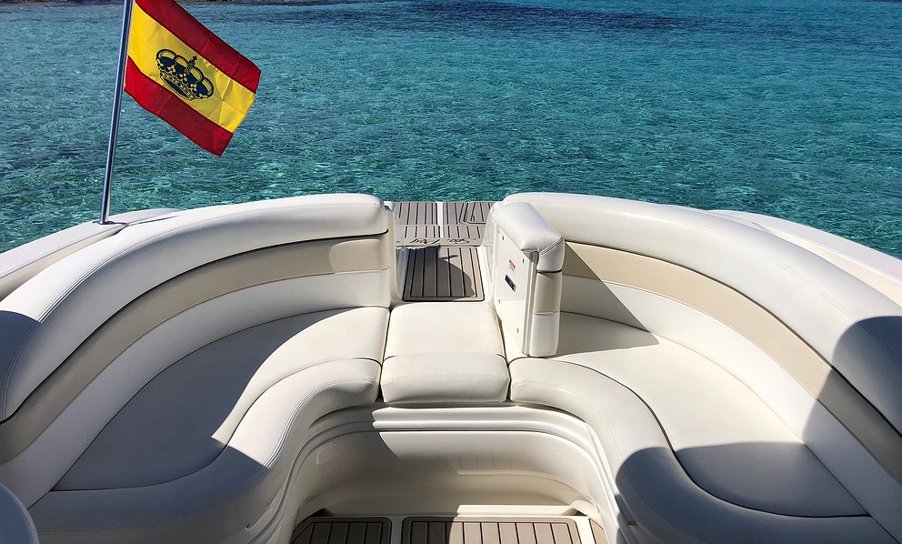 Alquilar Barco SEA RAY 290 FF