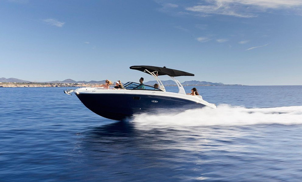 Rent Boat SEA RAY 270